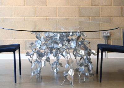 Galvanized leaf table